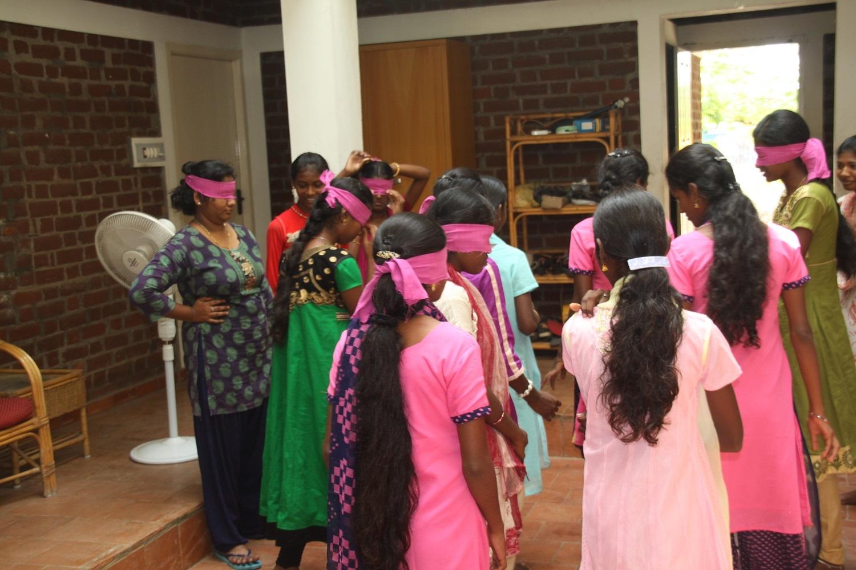 heiße indische Tante Bilder